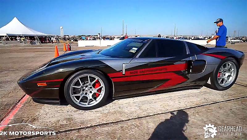 2000 Horsepower Ford GT Sets New Speed Record at Texas Mile